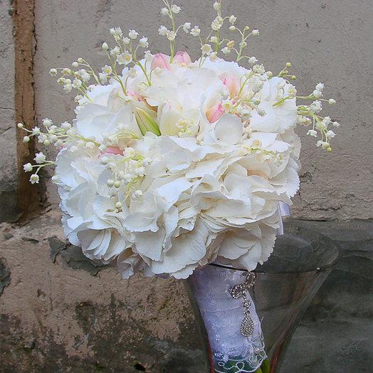 Свадебные букеты лыткарино, цветы кривом роге
