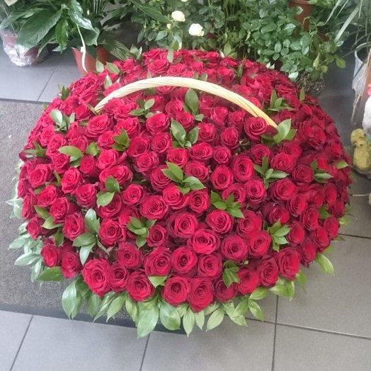 Корзина для самой любимой: букеты цветов на заказ Flowwow