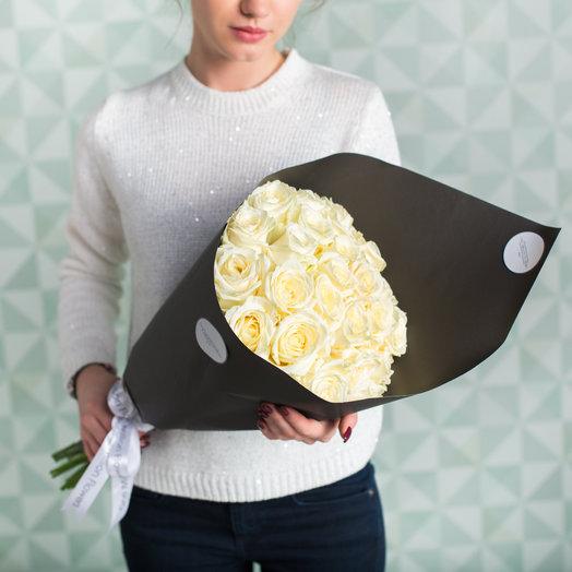 25 роз Аваланш BLACK: букеты цветов на заказ Flowwow