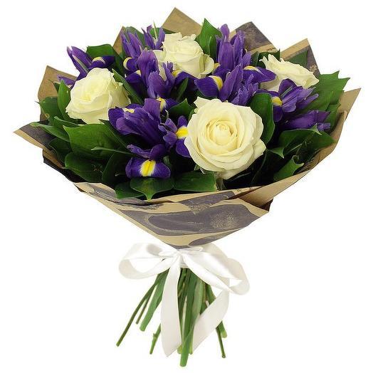 Букет из роз с ирисами: букеты цветов на заказ Flowwow