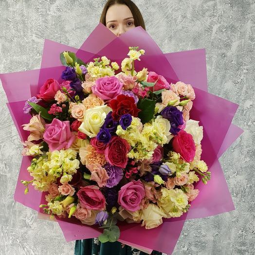 Большой праздничный букет с пионовидной розой: букеты цветов на заказ Flowwow