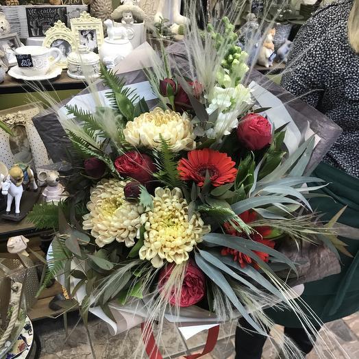 Букет из пионовидных роз и хризантем: букеты цветов на заказ Flowwow