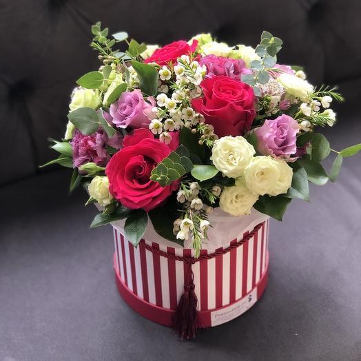 Цветочная шляпа: букеты цветов на заказ Flowwow
