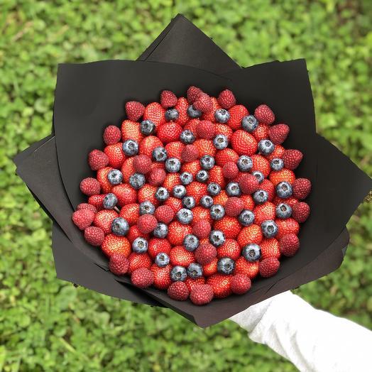 Ягодный букет BERRY BERRIES: букеты цветов на заказ Flowwow