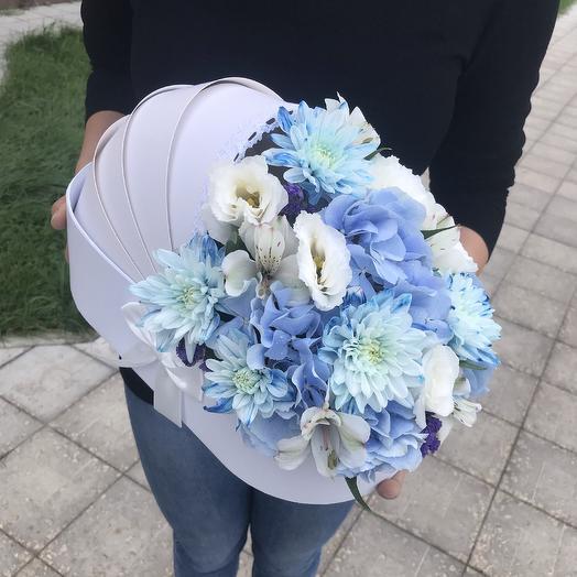 Колясочка с цветами: букеты цветов на заказ Flowwow