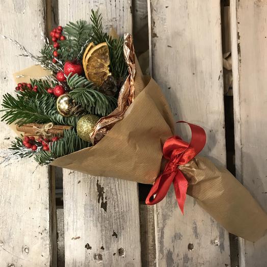 Зимний букет-комплимент: букеты цветов на заказ Flowwow