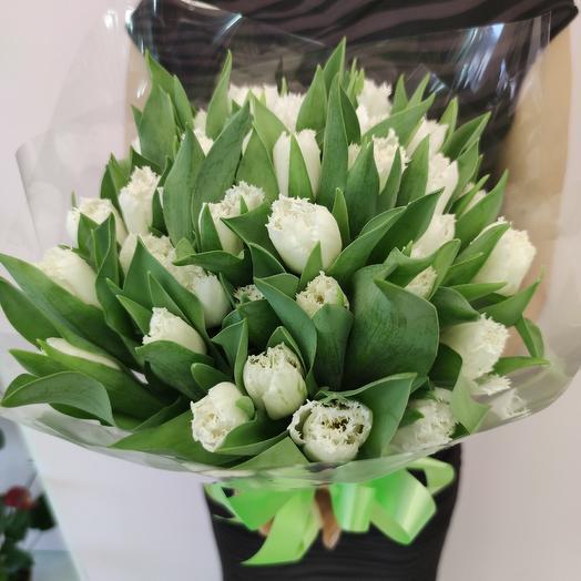 Тюльпаны бархатные: букеты цветов на заказ Flowwow