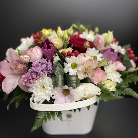 Сумочка счастья: букеты цветов на заказ Flowwow