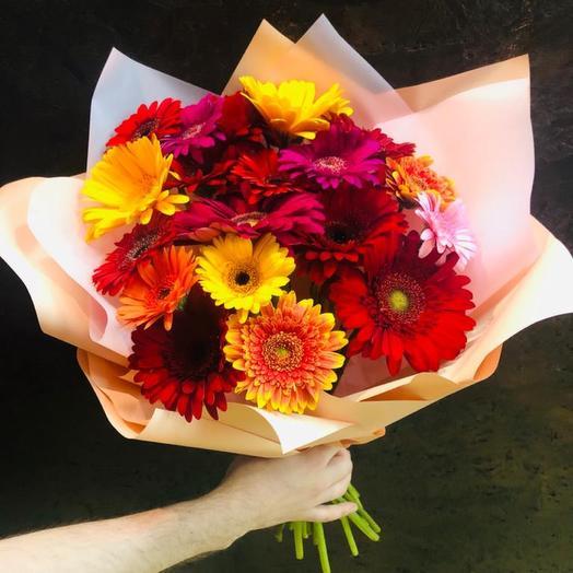 21 Гербера свежая микс «Радужные блики»: букеты цветов на заказ Flowwow