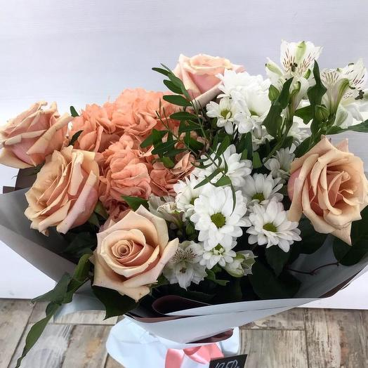 Розы цвета капучино