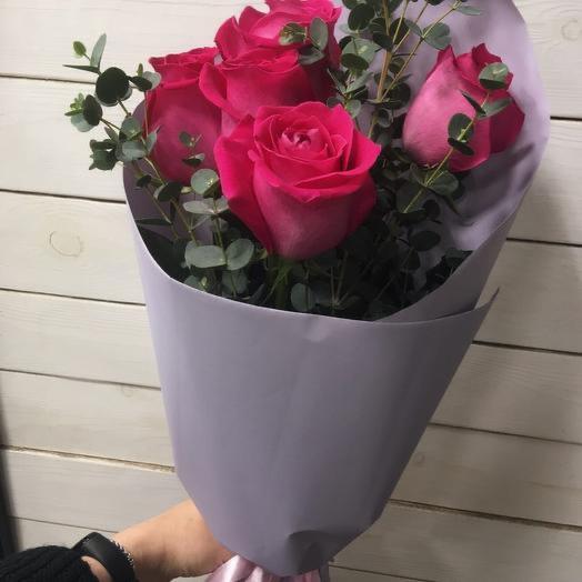 Букет из ярко розовых премиум роз