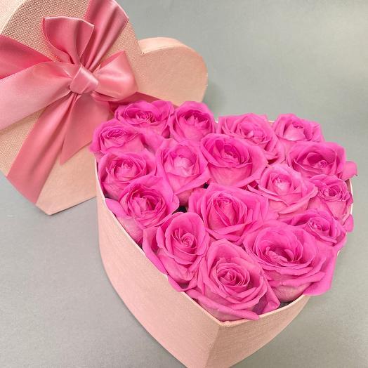 Розы в коробке- сердце