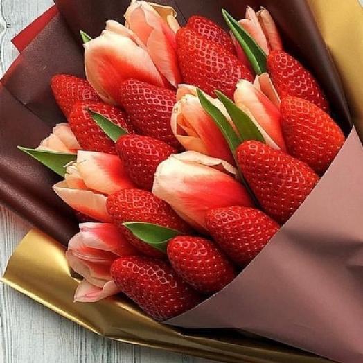 Клубничный тюльпан