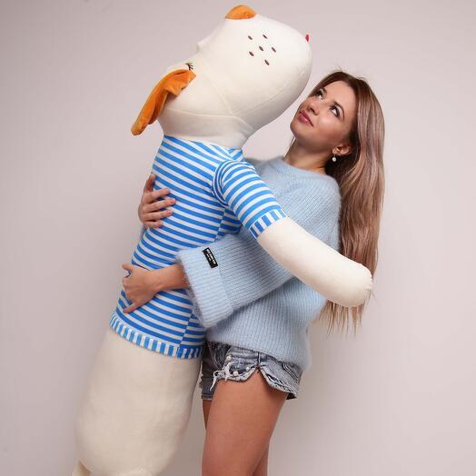 Плюшевая собака в бело-голубой тельняшке 145 см