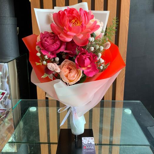 Роза и пион