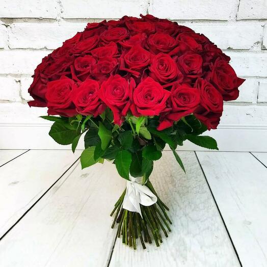Букет 51 бордовая Роза 70 см