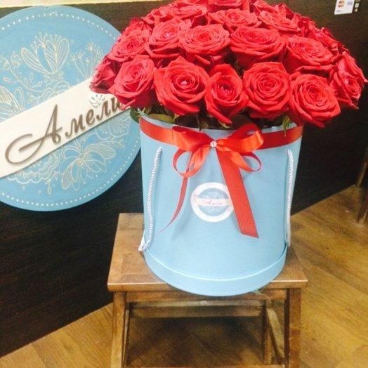 Коробочка из 31 красной розы: букеты цветов на заказ Flowwow