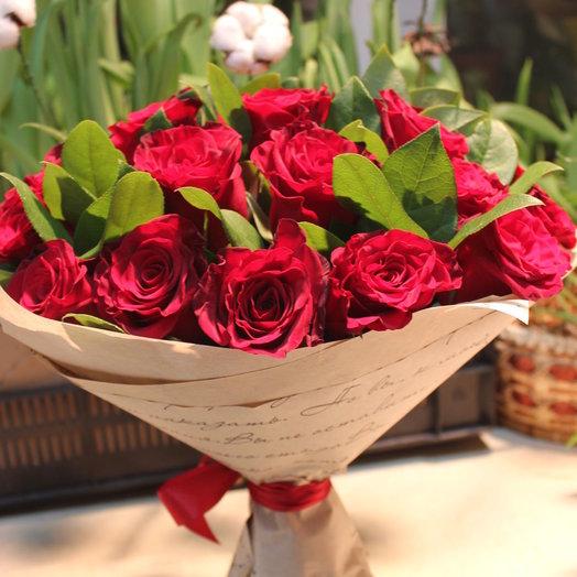 25 красных роза