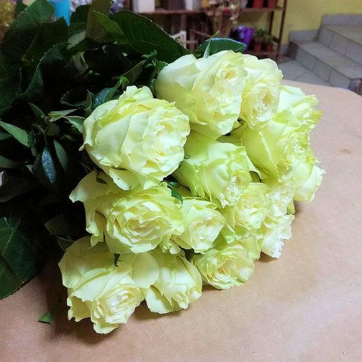 Букет из 15 премиум-роз Mondia