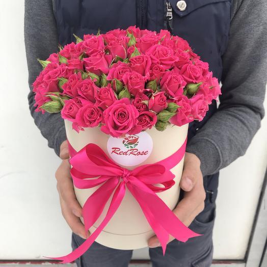 Коробка из Кустовой розы «Лавли Лидия»: букеты цветов на заказ Flowwow