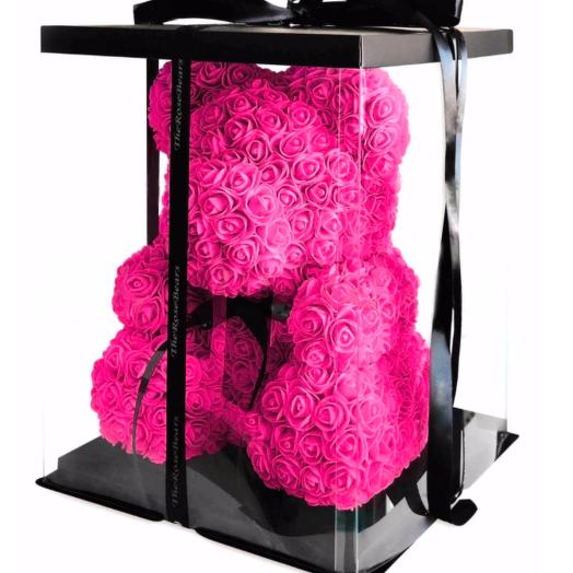 Мишка из роз в прозрачной коробке
