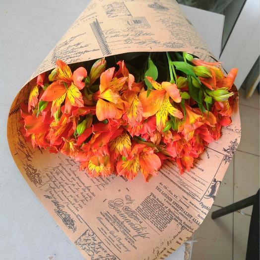 9 альстромерий: букеты цветов на заказ Flowwow