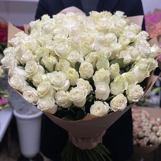 71 белая роза: букеты цветов на заказ Flowwow