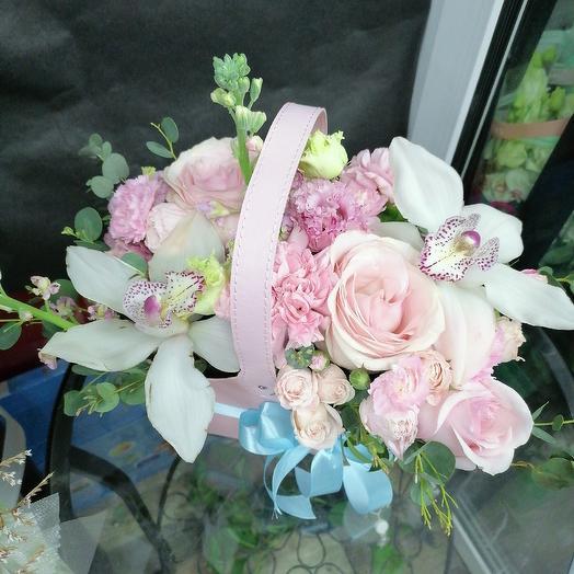 Корзинка любви: букеты цветов на заказ Flowwow