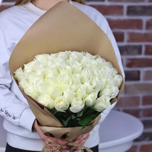 Букет из 51 белой эквадоровской розы. N694: букеты цветов на заказ Flowwow