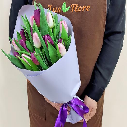 Букет Лея (15 тюльпанов)