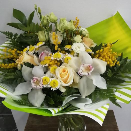 Букет с мимозой: букеты цветов на заказ Flowwow
