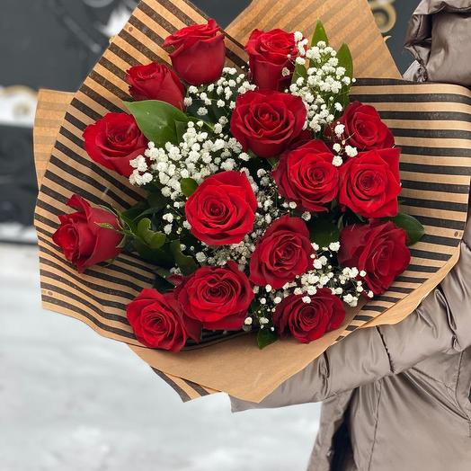 Розы и гипсофила