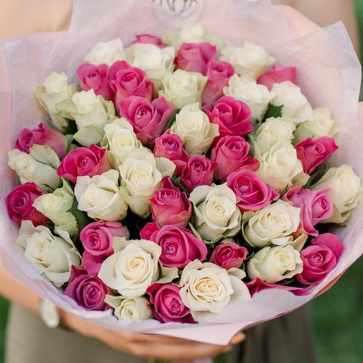 Букет из 51 белой и розовой розы микс (Кения) 40 см Standart