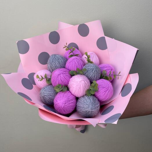 Bouquet of yarn
