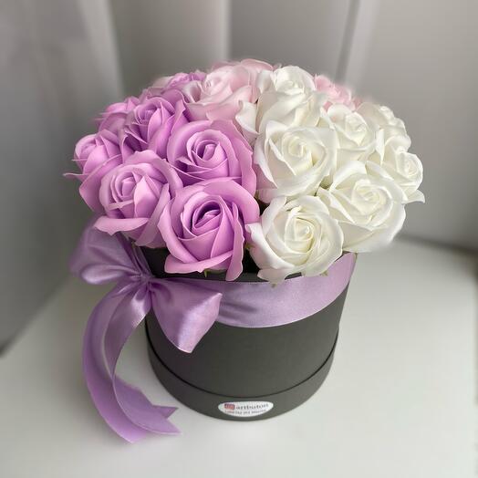 Цветы в коробке мыльные розы 21шт