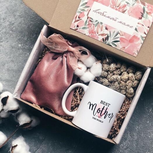 Подарочный набор для мамы с чаем