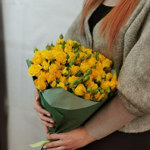 Букет Лимончелло 21 из желтых кустовых роз