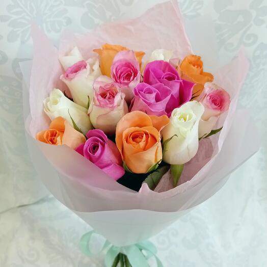 Букет из 15 роз нежный микс