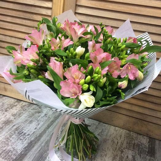 Букет из 10 розовых альстромерий: букеты цветов на заказ Flowwow