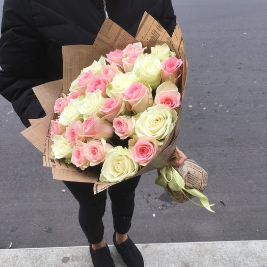 Кенийские розы в нежных тоннах: букеты цветов на заказ Flowwow