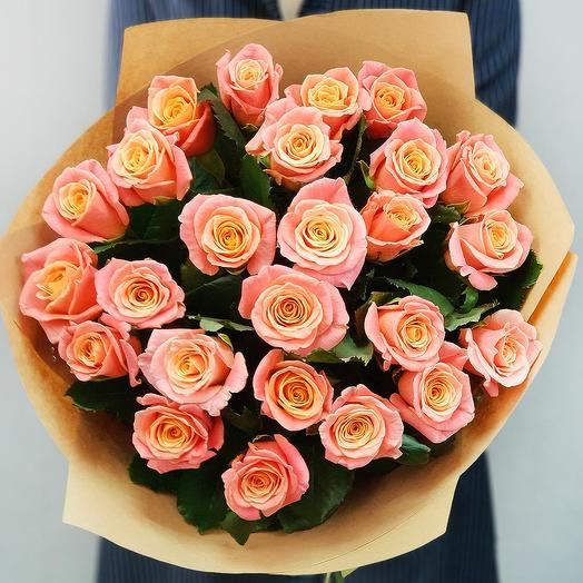 Букет из 25 коралловых роз: букеты цветов на заказ Flowwow
