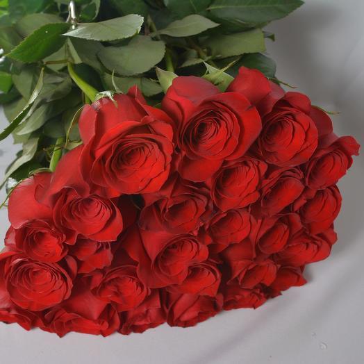 25 роз 70 см в букете (Эквадор): букеты цветов на заказ Flowwow