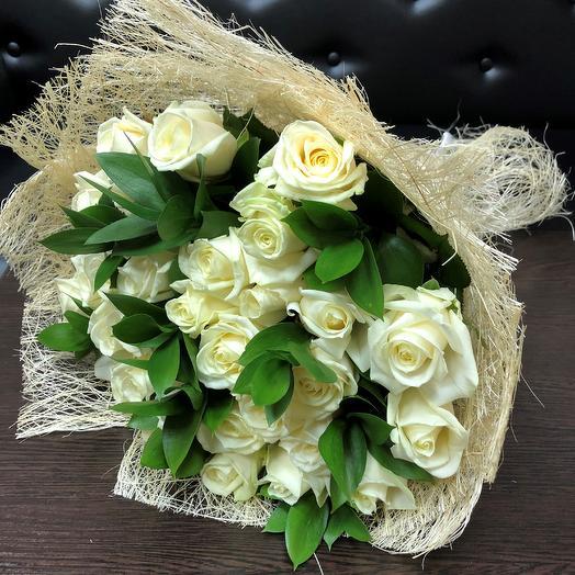 Розы. Букет из 29 белых роз. N124