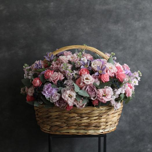 Корзина цветов: букеты цветов на заказ Flowwow