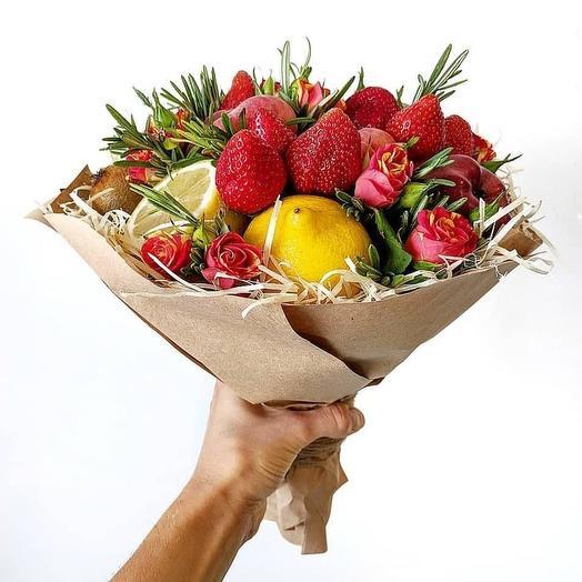 Сладкий фрукт: букеты цветов на заказ Flowwow