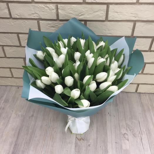 49 белых тюльпанов: букеты цветов на заказ Flowwow