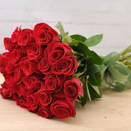 29 элитных эквадорских роз