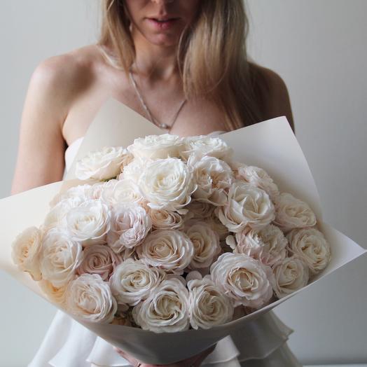 Кустовые розы «Бомбастик»: букеты цветов на заказ Flowwow