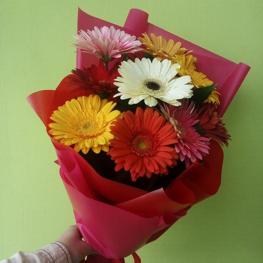 Радужный букет из 9 гербер: букеты цветов на заказ Flowwow