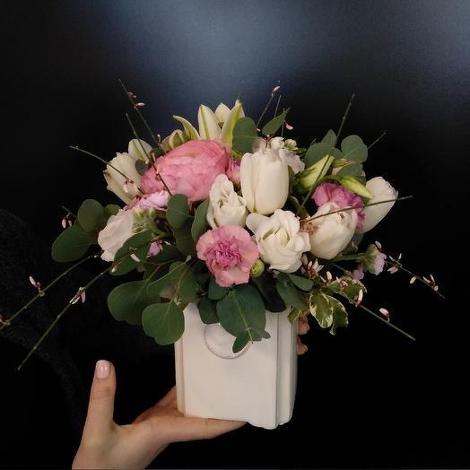 Композиция в вазе: букеты цветов на заказ Flowwow